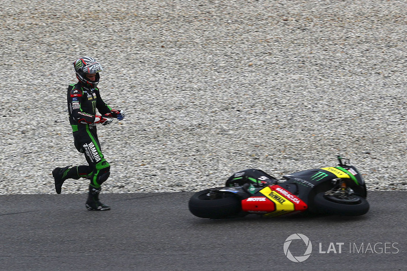 Johann Zarco, Monster Yamaha Tech 3 choque