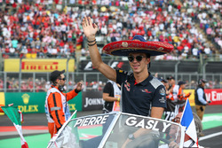 Pierre Gasly, Scuderia Toro Rosso on the drivers parade