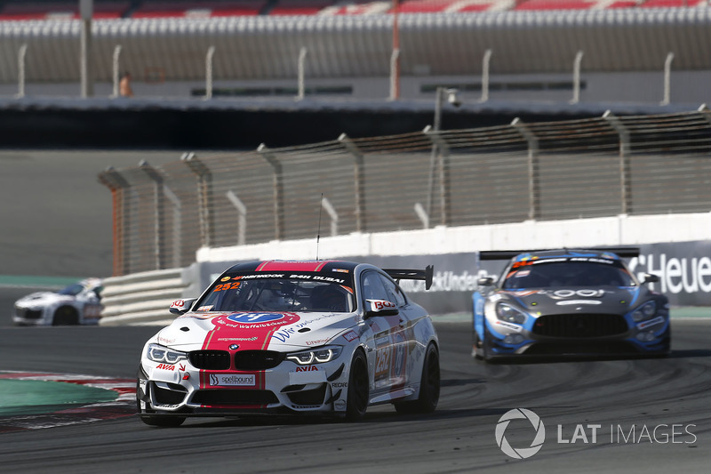 #252 Sorg Rennsport BMW M4 GT4: Olaf Meyer, Henry Littig, Liesette Braams, Stefan Aust, John Allen