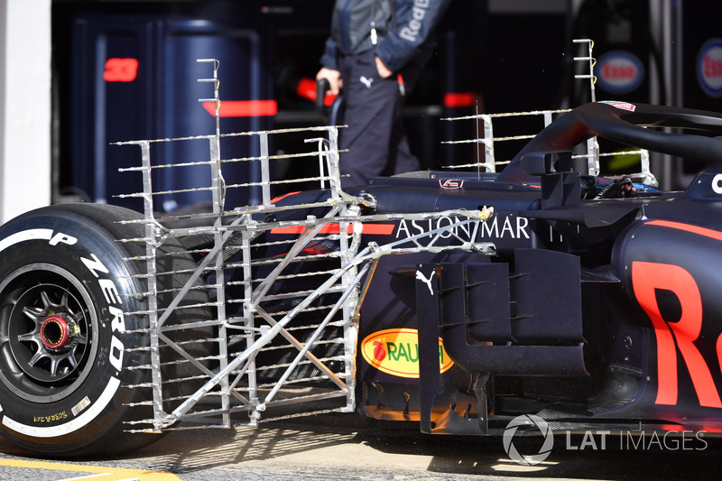 Max Verstappen, Red Bull Racing RB14, con sensori aerodinamici