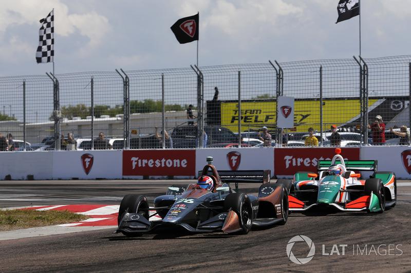 Zach Veach, Andretti Autosport Honda, Rene Binder, Juncos Racing Chevrolet