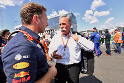 Christian Horner, Red Bull Racing Team Principal and Chase Carey, Chief Executive Officer and Executive Chairman of the Formula One Group on the grid