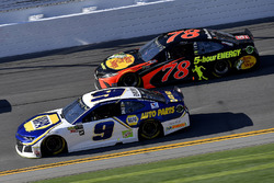Chase Elliott, Hendrick Motorsports Chevrolet Camaro and Martin Truex Jr., Furniture Row Racing Toyota