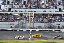Top 3: Brad Keselowski, Team Penske Ford Fusion, Joey Logano, Team Penske Ford Fusion, Kurt Busch, Stewart-Haas Racing Ford Fusion