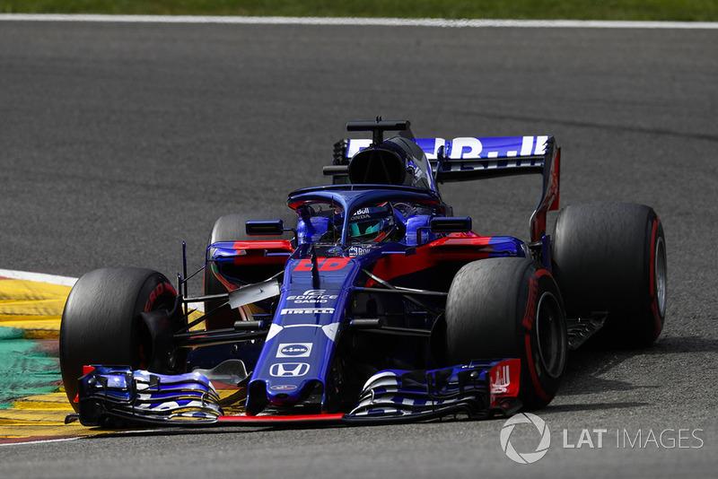 11: Brendon Hartley, Toro Rosso STR13, 1'43.865