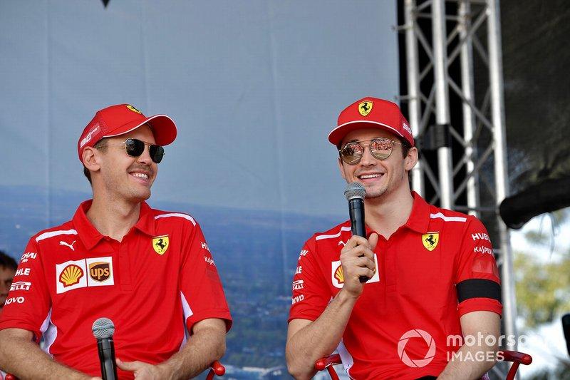 Sebastian Vettel, Ferrari, e Charles Leclerc, Ferrari, sul palco
