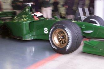 Johnny Herbert, Jaguar R1
