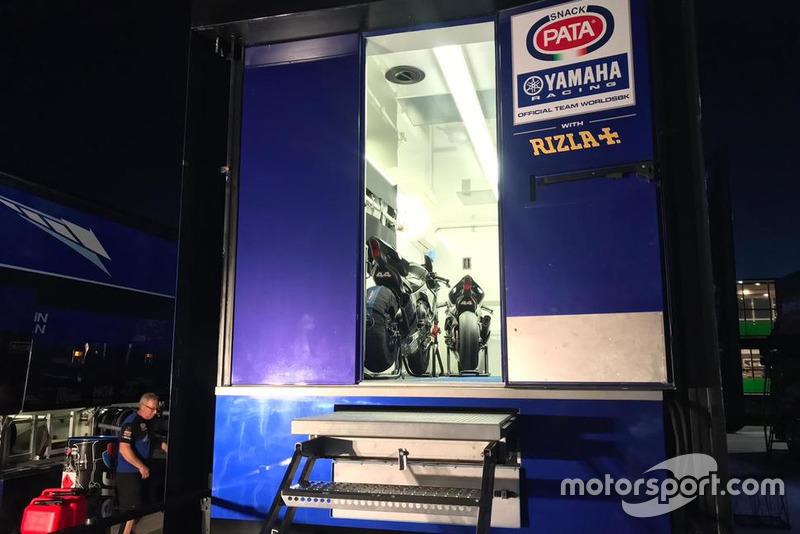 La Yamaha R1M con la que Lewis Hamilton rodó en Jerez
