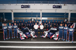Team photo United Autosports