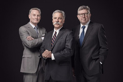 Sean Bratches, Managing Director, Commercial Operations; Chase Carey, voorzitter en CEO van Formula 1; Ross Brawn, Managing Director, Motorsports