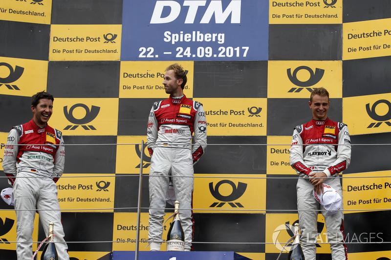Подіум: переможець Рене Раст, Audi Sport Team Rosberg, Audi RS 5 DTM, друге місце Майк Роккенфеллер, Audi Sport Team Phoenix, Audi RS 5 DTM, третє місце Ніко Мюллер, Audi Sport Team Abt Sportsline, Audi RS 5 DTM
