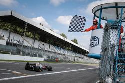 Le troisième Yu Kanamaru, RP Motorsport