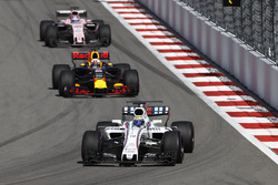 Felipe Massa, Williams FW40, Daniel Ricciardo, Red Bull Racing RB13, Sergio Perez, Sahara Force India F1 VJM10