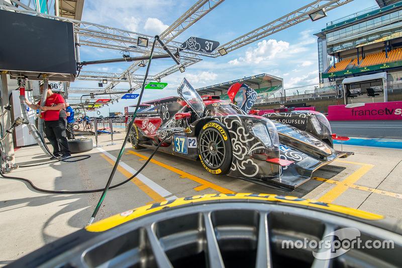 #37 DC Racing, Oreca 07 Gibson: David Cheng, Alex Brundle, Tristan Gommendy