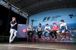 David Coulthard acoge un evento de fan con Stoffel Vandoorne, McLaren, Fernando Alonso, McLaren, Felipe Massa, Williams, Kimi Raikkonen, Ferrari y Lance Stroll, Williams