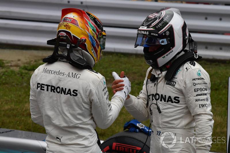 Lewis Hamilton, Mercedes AMG F1 y Valtteri Bottas, Mercedes AMG F1