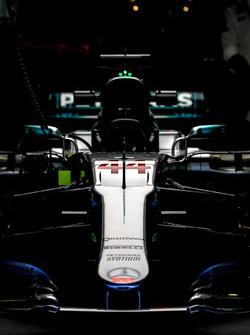 Носовой обтекатель и переднее антикрыло Mercedes AMG F1 W08 Льюиса Хэмилтона