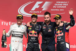 Podium: race winner Daniel Ricciardo, Red Bull Racing, second place Nico Rosberg, Mercedes AMG F1, S