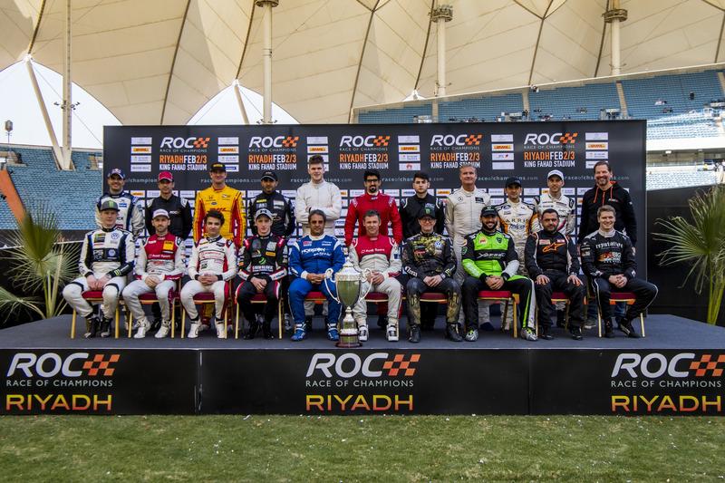 La foto familiar de grupo antes de la Race of Champions