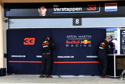 Garage screens for Max Verstappen, Red Bull Racing