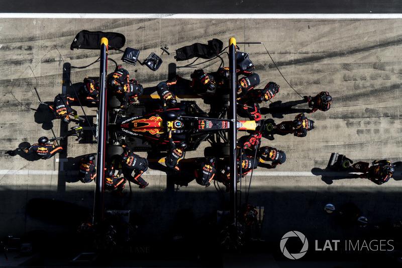 9º Red Bull Racing (2:18)