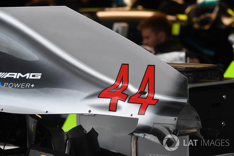 Mercedes-AMG F1 W09 karoser
