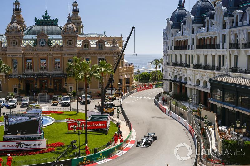 5: Valtteri Bottas, Mercedes AMG F1 W09, 1'11.441