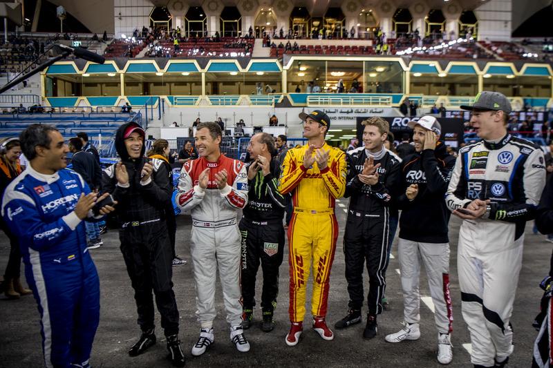 I piloti applaudono il vincitore