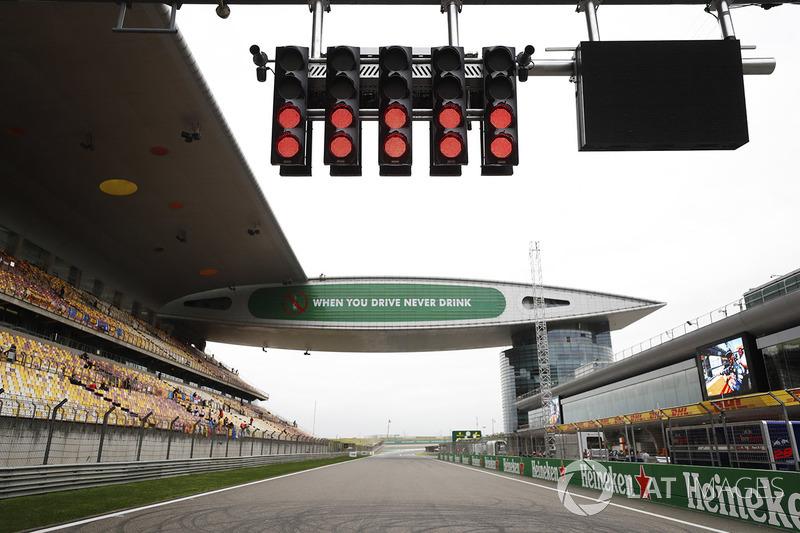 A sexta-feira marcou o início dos preparativos para o GP da China de F1, a terceira etapa da temporada 2018.