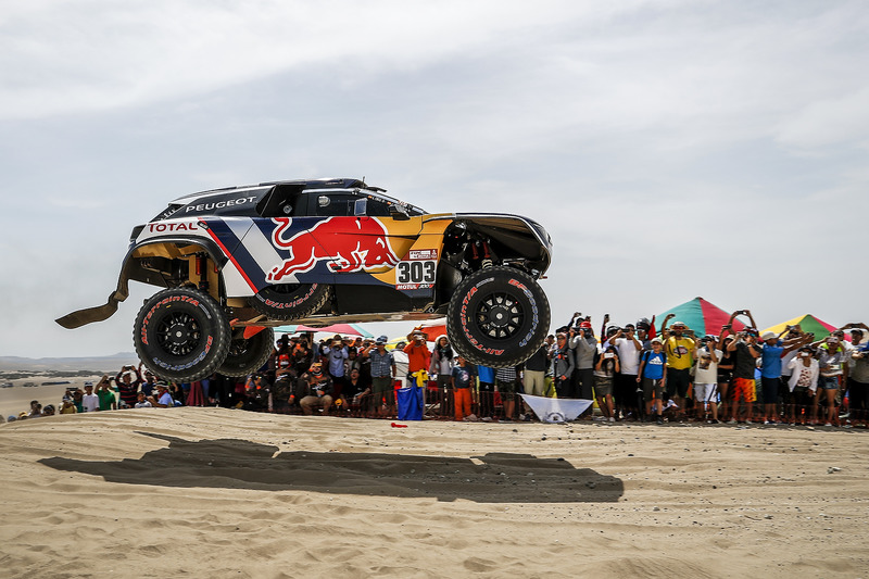 303 peugeot sport peugeot 3008 dkr carlos sainz lucas cruz at dakar. Black Bedroom Furniture Sets. Home Design Ideas