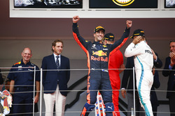 Daniel Ricciardo, Red Bull Racing, Adrian Newey, Chief Technical Officer, Red Bull Racing, Lewis Hamilton, Mercedes AMG F1 ve Sebastian Vettel, Ferrari