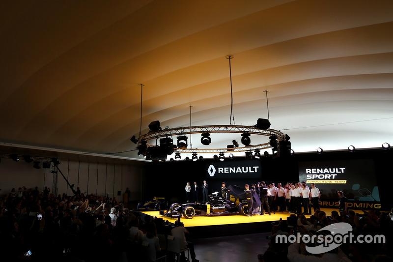 Jolyon Palmer, Renault Sport F1 team, Kevin Magnussen, Renault Sport F1 team