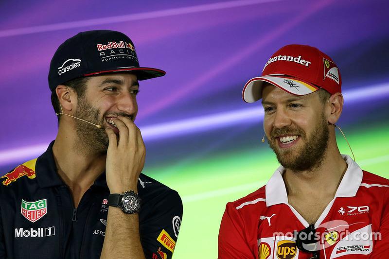 Daniel Ricciardo, Red Bull Racing con Sebastian Vettel, Ferrari