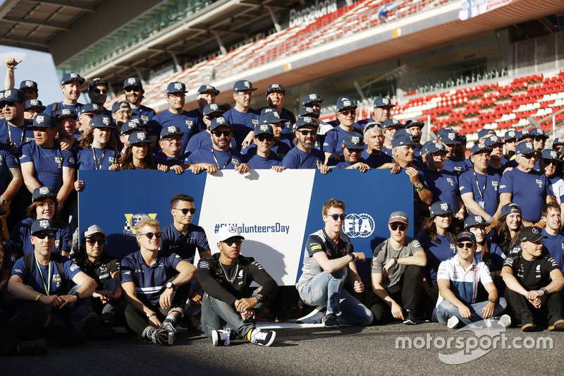 Sergio Perez, Force India, Marcus Ericsson, Sauber, Pascal Wehrlein, Sauber, Lewis Hamilton, Mercede