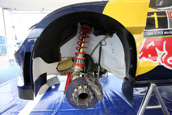 Volkswagen Polo R suspension and brake detail