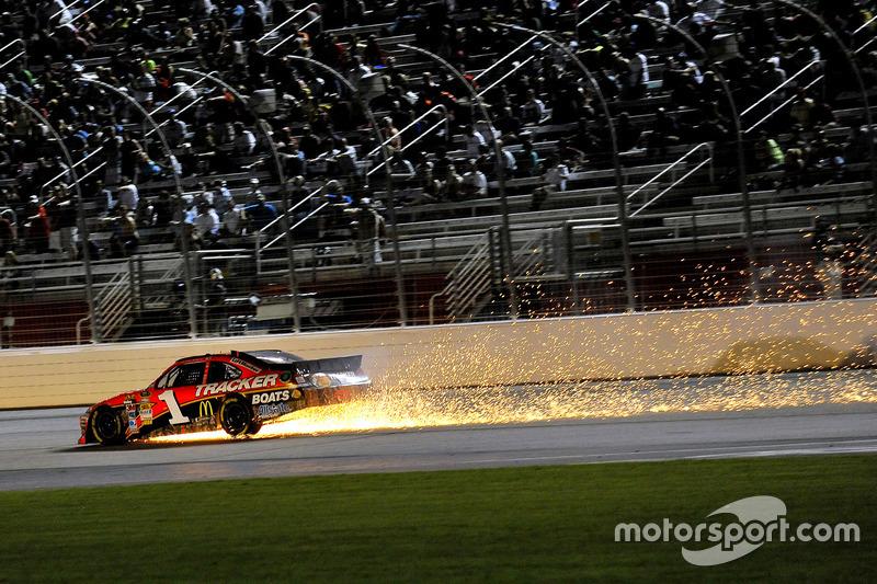 NASCAR Cup. Атланта, Джейми МакМарри, 2012 год