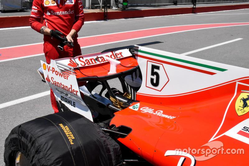 Ferrari SF70H, alerón trasero