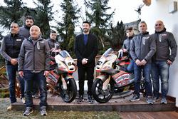 Max Racing Team, foto di gruppo