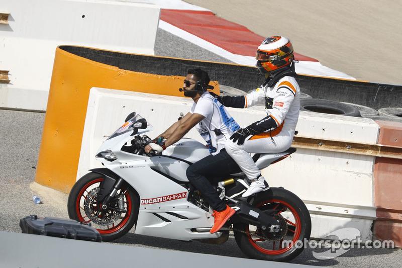 Stoffel Vandoorne, McLaren, nach Defekt