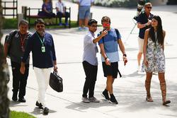 Fernando Alonso, McLaren con un fan