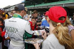 Ed Carpenter, Ed Carpenter Racing Chevrolet signs autographs