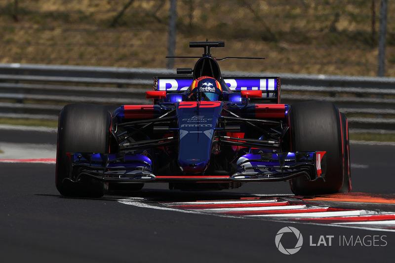 9. Carlos Sainz Jr., Scuderia Toro Rosso STR12