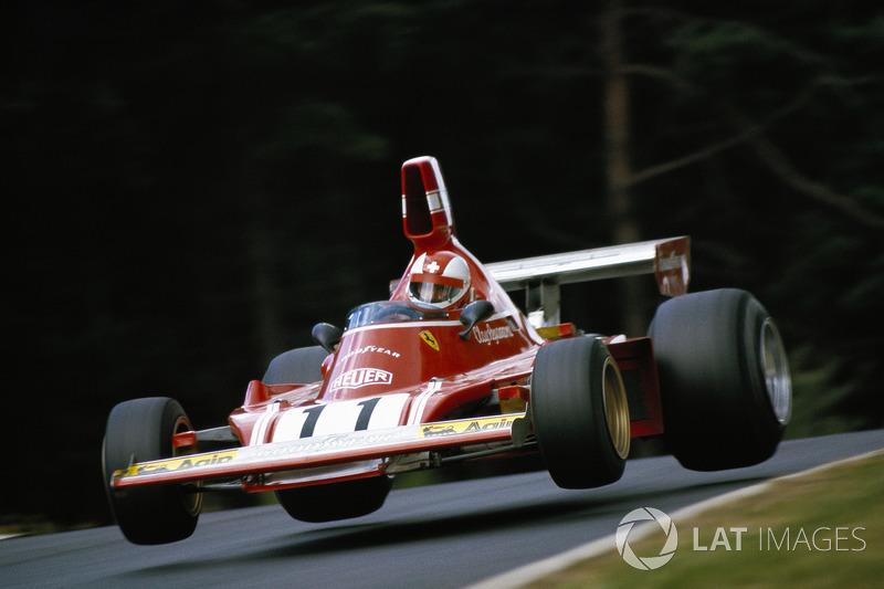GP de Argentina 1974- Primer podio de Clay Regazzoni en Fórmula 1, fue tercero (acabó logrando 28 podios)