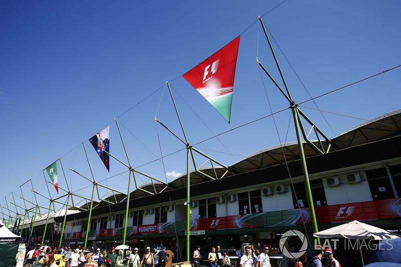 Banderas en el Hungaroring