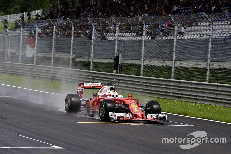 9: Себастьян Феттель, Ferrari SF16-H (покарання - п'ять місць на стартовій решітці)