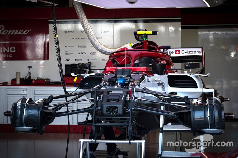 Alfa Romeo C38: Aufhängung vorne