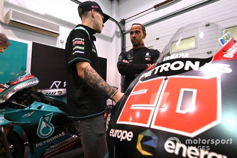 Lewis Hamilton, Fabio Quartararo, Petronas Yamaha SRT