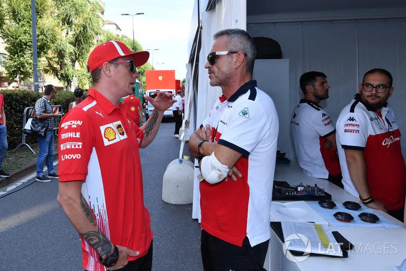 Kimi Raikkonen, Ferrari ve Beat Zehnder, Alfa Romeo Sauber F1 Takım Menajeri