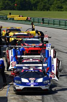 #67 Chip Ganassi Racing Ford GT, GTLM - Ryan Briscoe, Richard Westbrook,