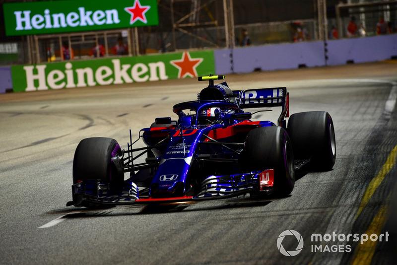 15: Pierre Gasly, Scuderia Toro Rosso STR13, 1'39.691